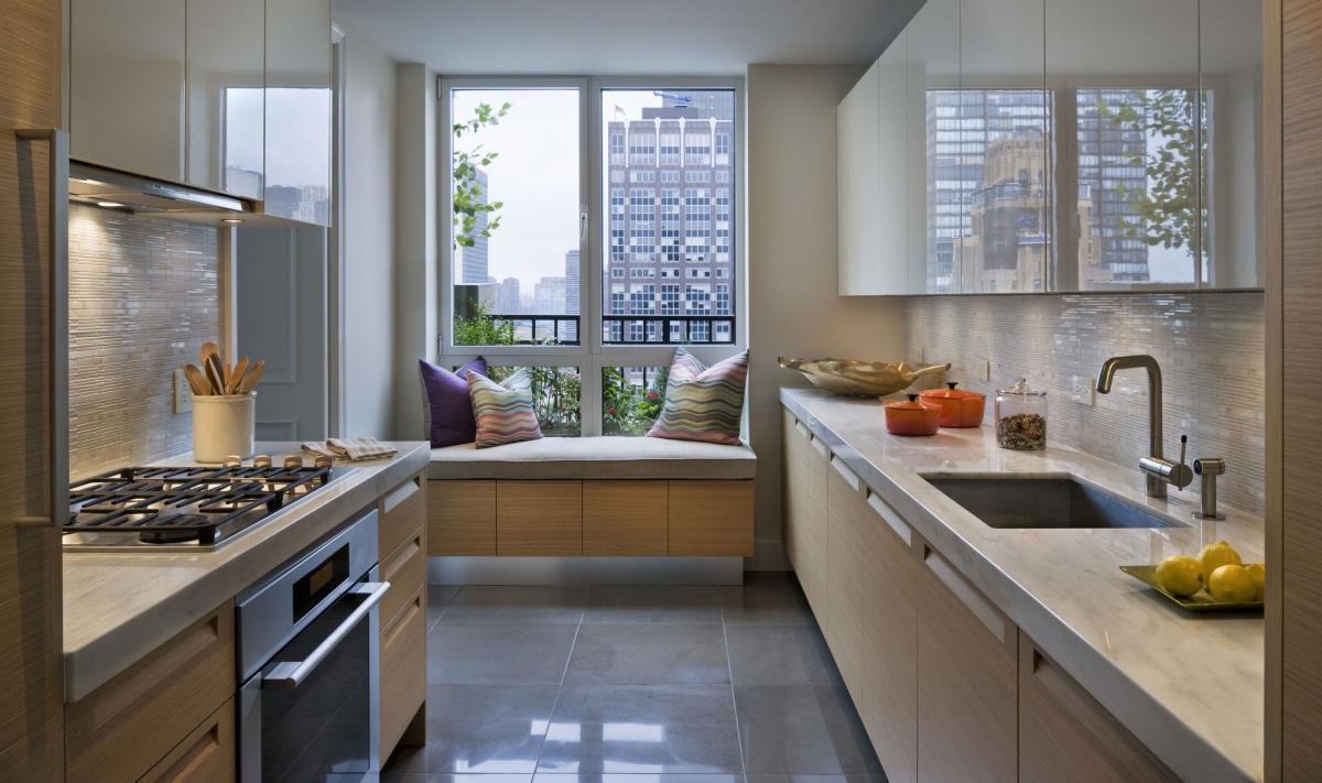 Как сделать кухню под окном фото 978