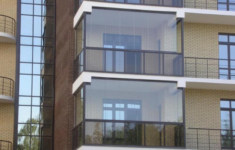 Панорамное остекление балкона, плюсы и минусы панорамного ос.