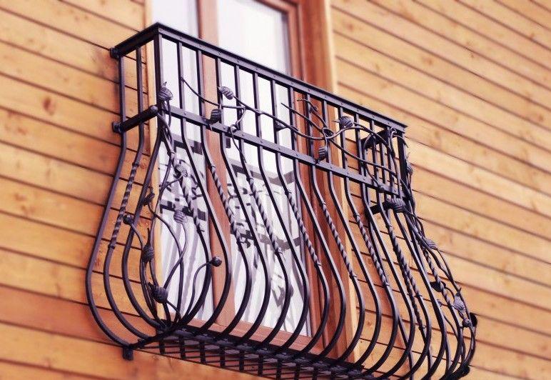 klassicheskij-frantsuzskij-balkon