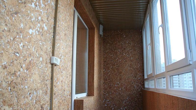 materialy-dlya-vnutrennej-otdelki-balkona4