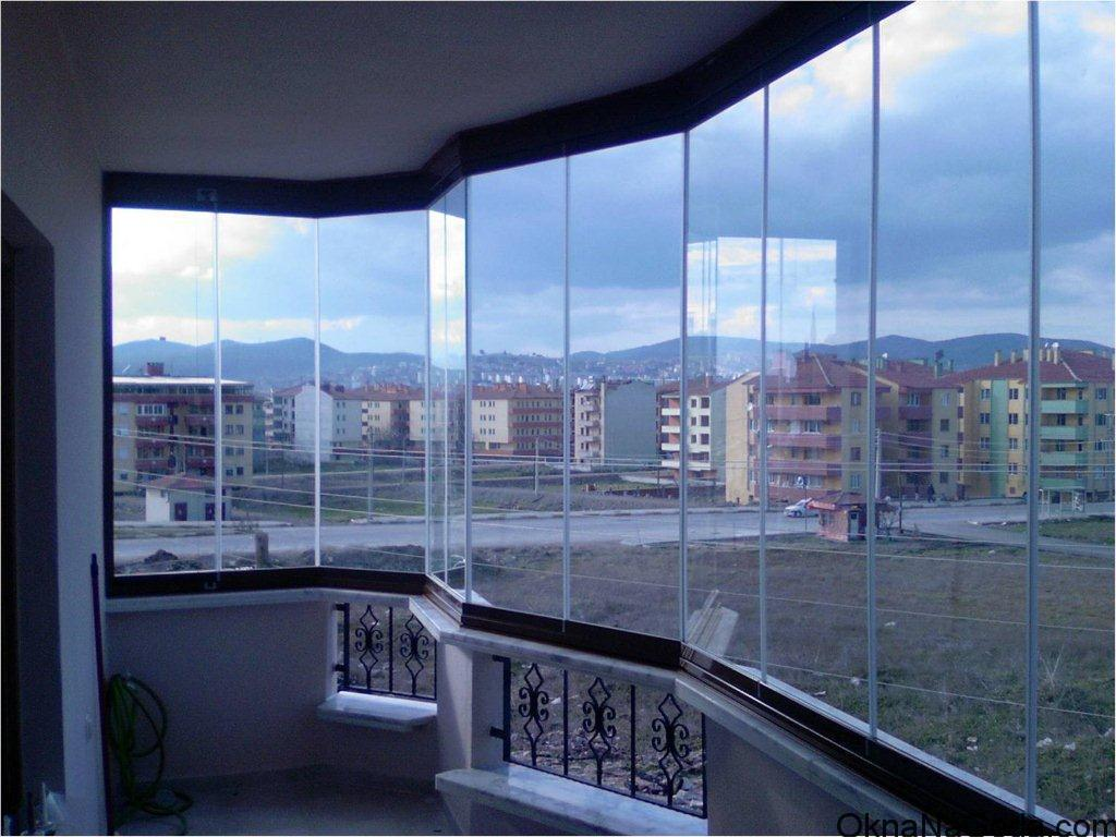 panoramnoe-osteklenie-balkonov