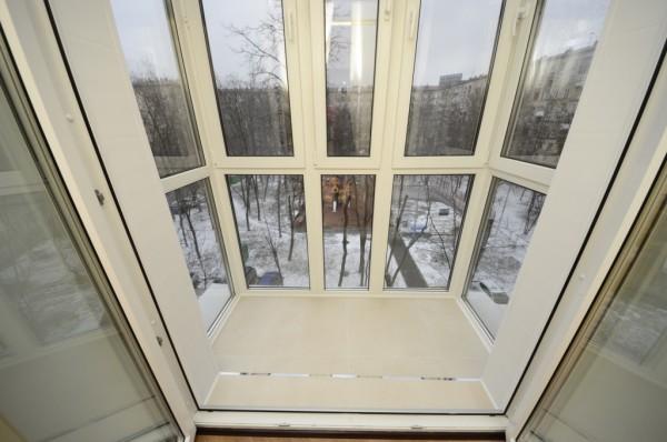 panoramnye_okna_balkon_4-600x398