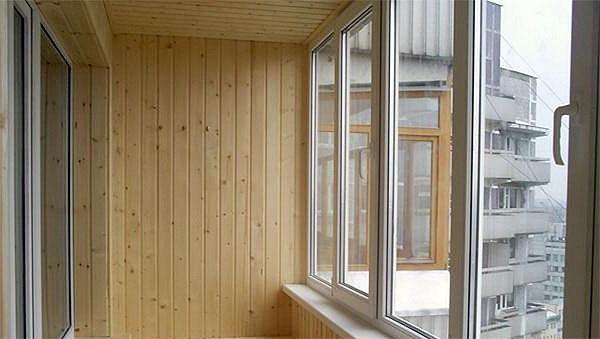 teploe-osteklenie-balkonov2