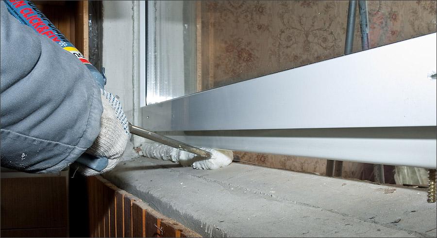 Правильность установки пластикового балконного модуля.