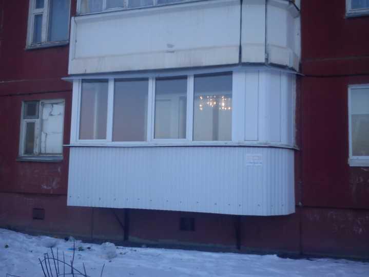 ustanovka_balkonov_i_lodzhiy_na_pervyh_etazhah_105650