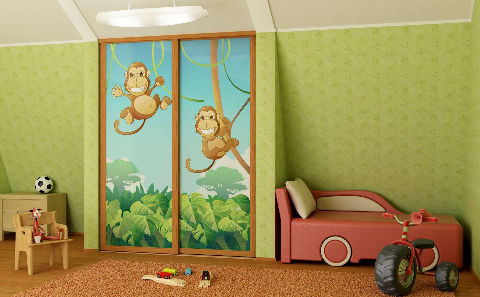 Рис. 3. Двери с фотопечатью в детской комнате
