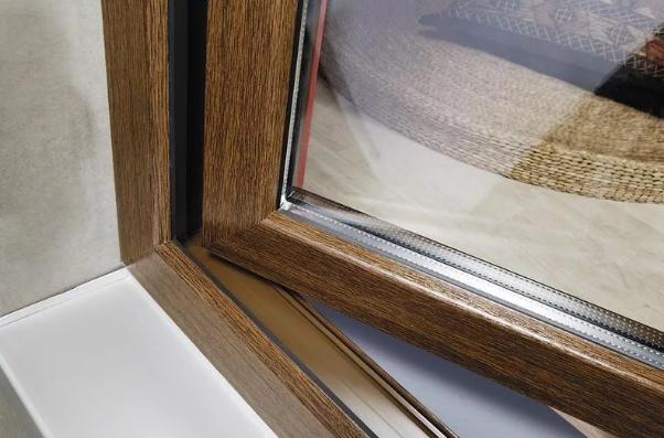 Рис. 7. Ламинация окна с двух сторон