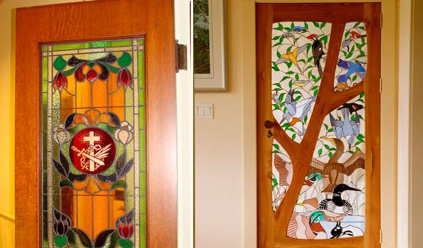 Рис. 8. Художественная роспись на дверях
