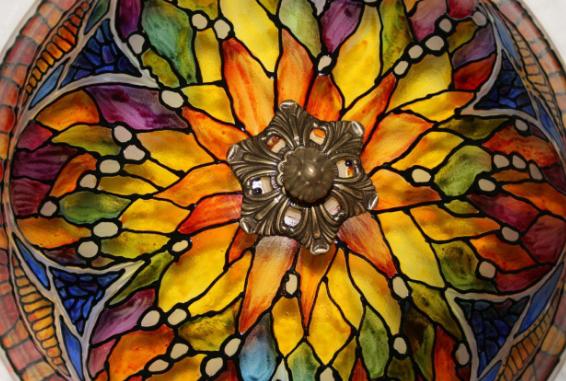 Рис. 4. Витражный орнамент в стиле Арт-деко