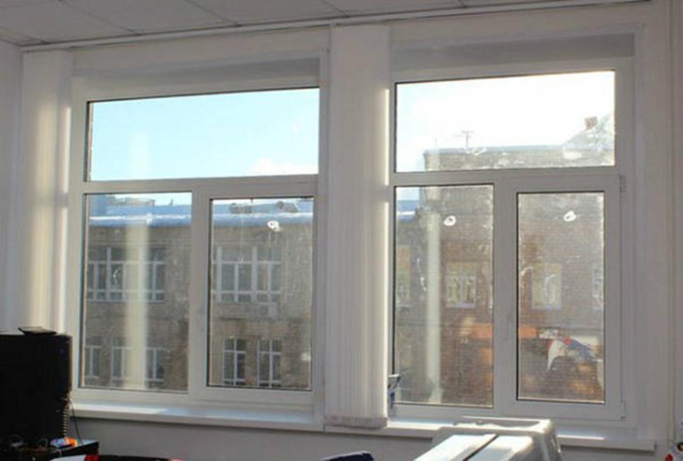 Рис. 4. Окно с горизонтальным расположением импоста