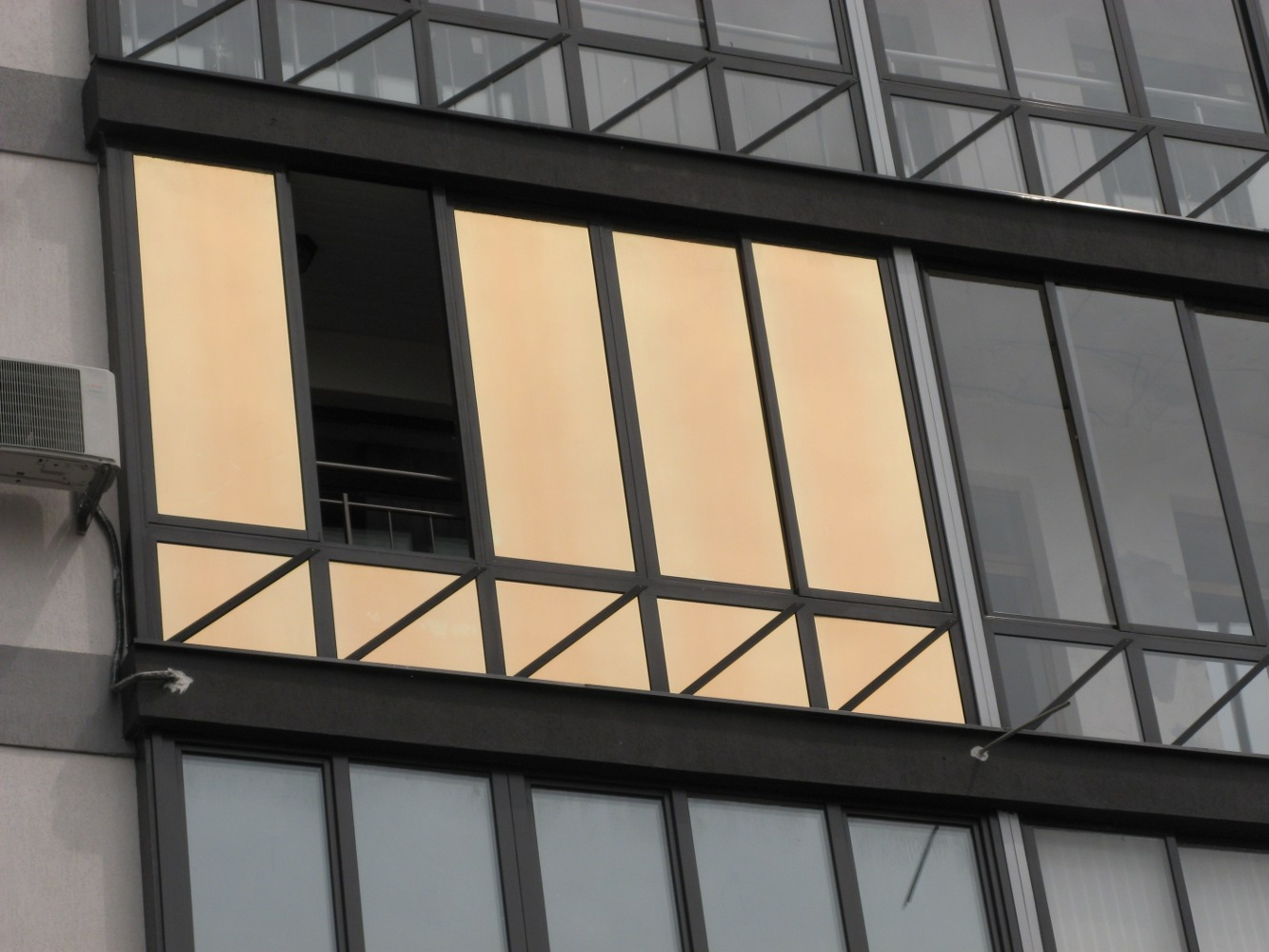 Зеркальные стеклопакеты, плюсы и минусы стеклопакетов с зерк.