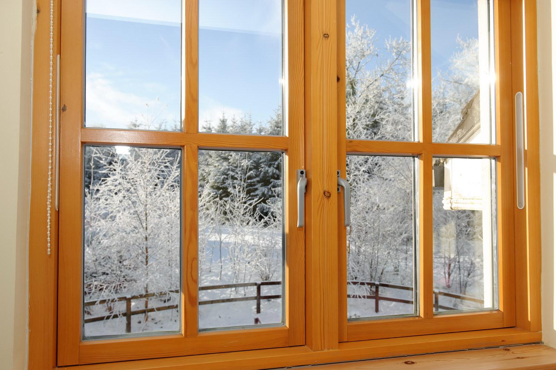 Картинки по запросу Монтаж деревянного окна в дерево