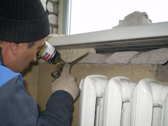 Холодные подоконники у пластиковых окон