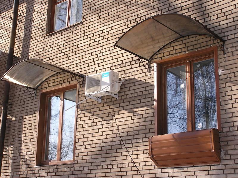 Как сделать козырек над окнами своими руками 10